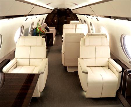 ТОП-5 самых дорогих частных самолетов