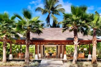 lux277lo-113112-The Laguna Pool Villa - Lobby