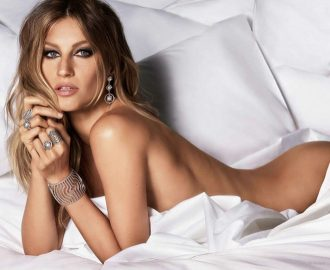 Brazilian model Gisele Bundchen naked for Vivara jewelry brand new campaign