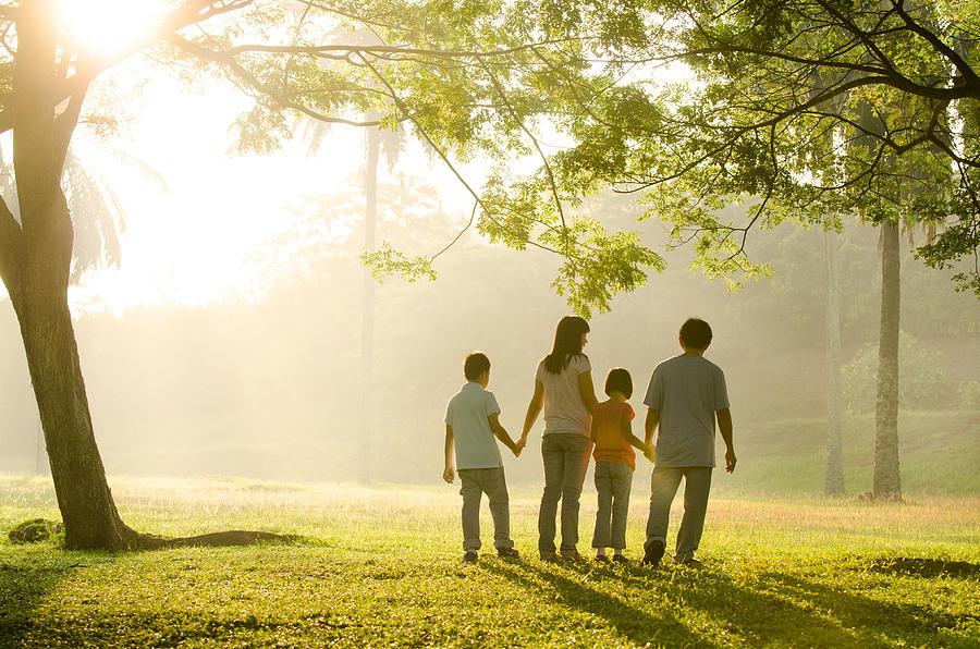 a-family-walking-in-the-park-wong-yu-liang