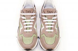 Андре Тан представил первую коллекцию детской обуви
