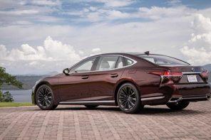 Lexus выпустит лимитированную версию седана